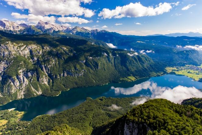 ThinkstockPhotos-Bohinjsko-jezero-1