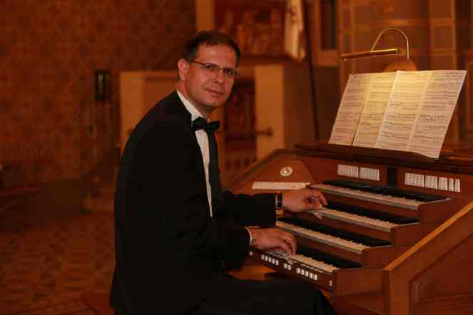Filharmonia_SzamosiSzabolcs_orgona másolata
